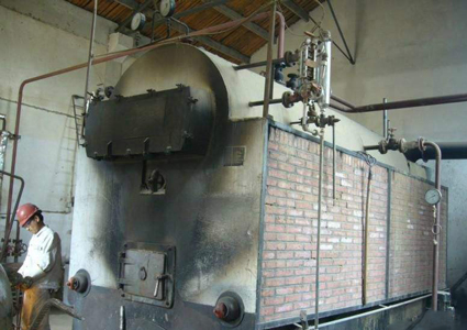 燃煤锅炉早就过时了!现在热水工程都流行用空气能热泵_中锐空气能