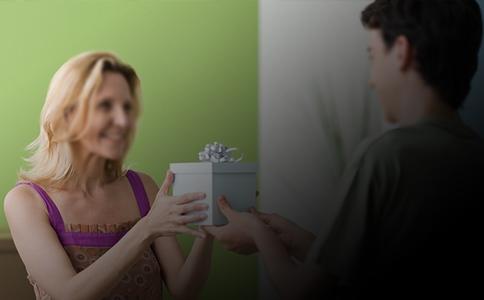 母亲节只是温馨提醒,送空气能热水器既温馨又实用_中锐空气能