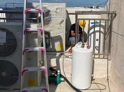 医院专用空气能热水系统,鱼与熊掌能够兼得_中锐空气能